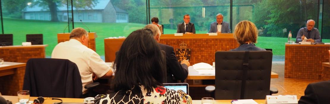 Gemeinsame Sitzung des Parlaments der Wallonie und des Parlaments der Deutschsprachigen Gemeinschaft in Eupen