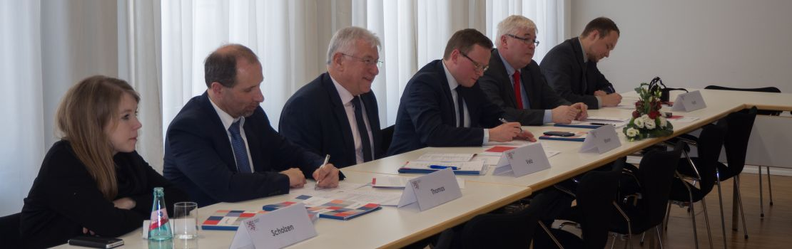Delegation des PDG zu Gast in Wiesbaden