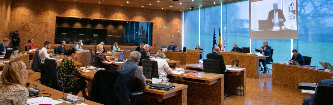 Regierungskontrolle im Rahmen einer gemeinsamen Sitzung aller Ausschüsse