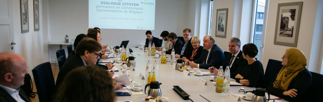 Brüsseler frankophones Parlament plant Bürgerdialog und informiert sich in Eupen