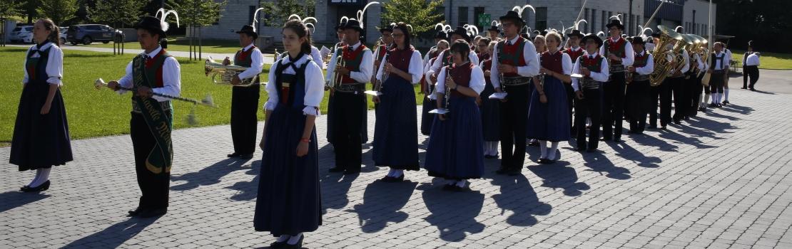 Tiroler und Südtiroler zu Besuch im Parlament
