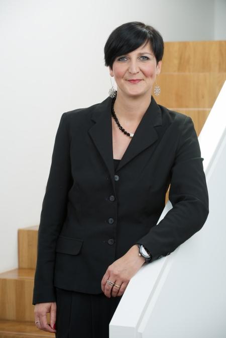 Kirsten  Neycken-Bartholemy