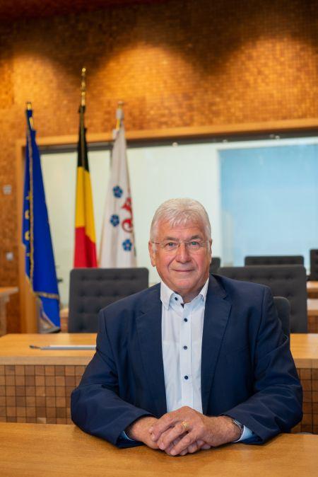 Alfons  Velz